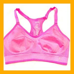 🆕 Medium Danskin Now Fitted Seamless Sport Bra